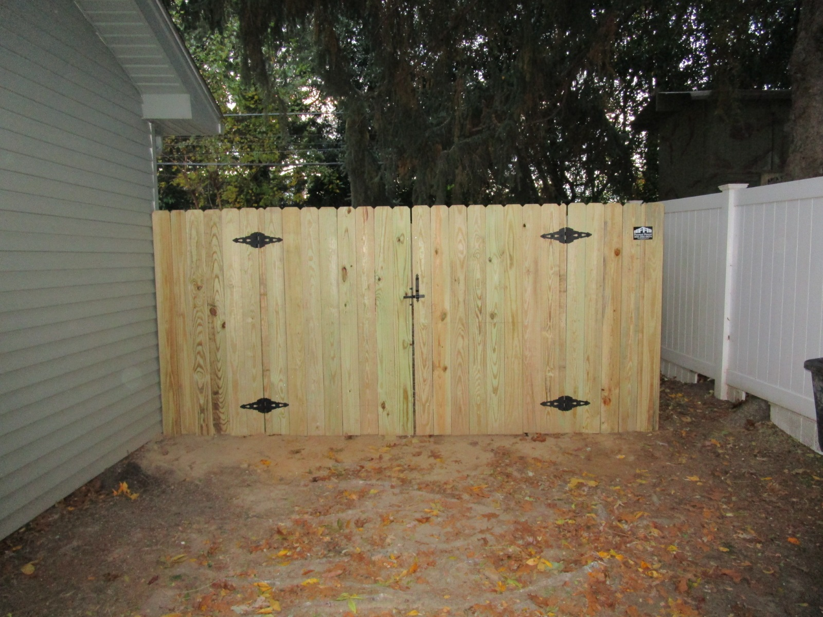 118_8ft-double-gate-syp-wood-privacy Wood - Forrest Fencing