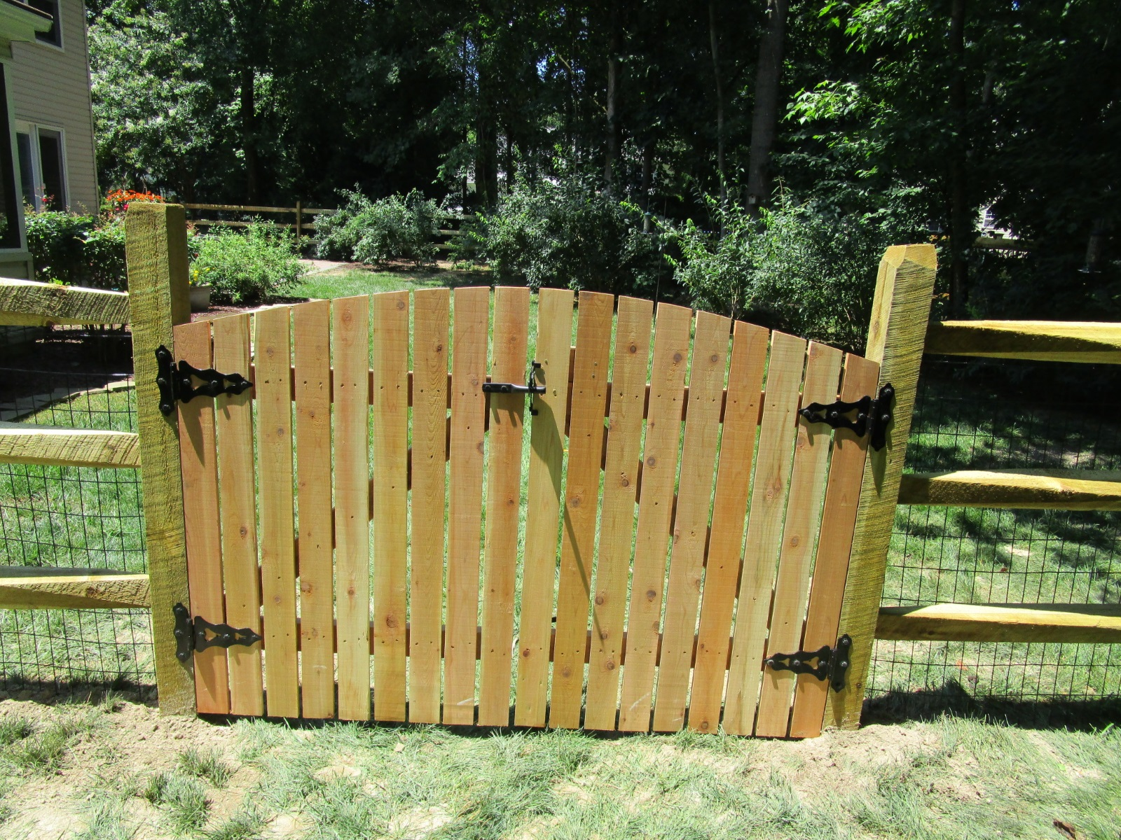 120_double-arched-gate-syp-pressure-treated-close-spaced Wood - Forrest Fencing