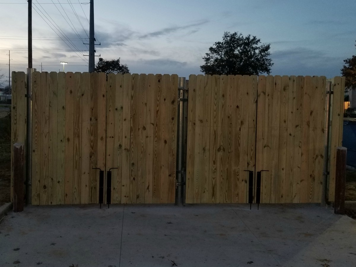 281_commercial-trash-enclosure-wood-privacy-syp Wood - Forrest Fencing