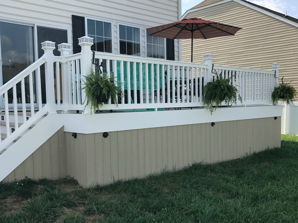 248_hargrove1 Deck Choices - Forrest Fencing