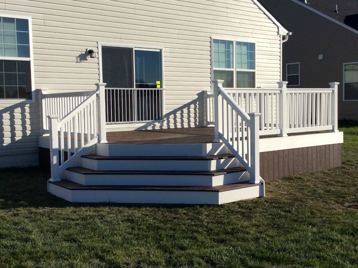 273_fowler1 Deck Choices - Forrest Fencing